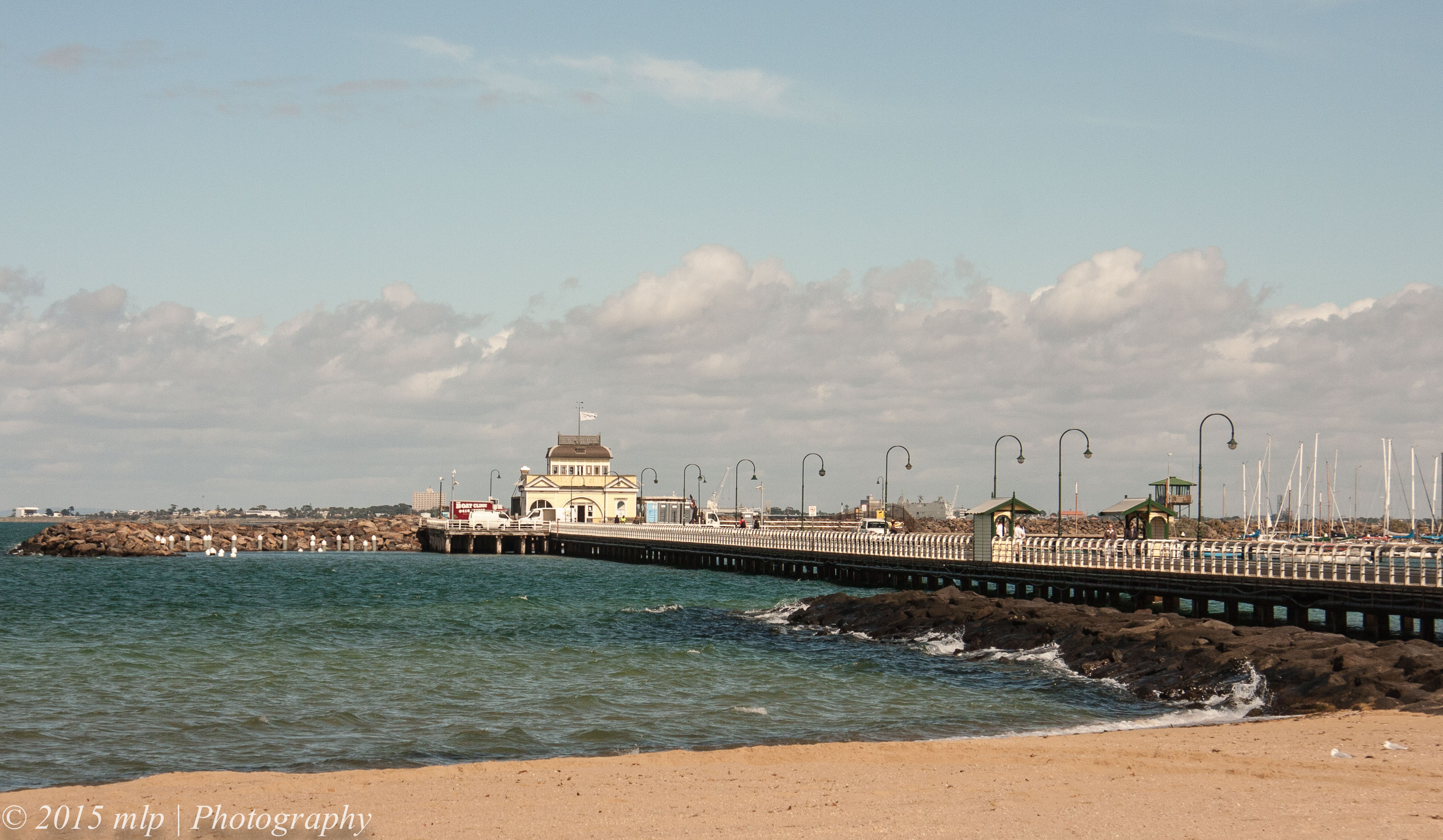 how to get to st kilda beach from cbd