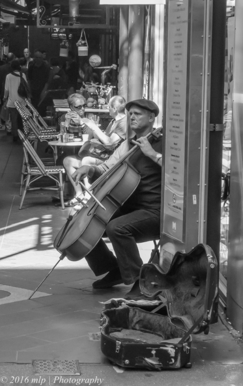 Classical Busker, Block Place, Melbourne CBD